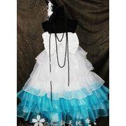VOCALOID (ボーカロイド) 初音ミク  山茶花  風 コスプレ衣装 完全オーダーメイド