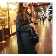 チェスターコート☆ 高級感漂う良質な素材と、計算されたシルエットで、着るだけで格上げしてくれる1枚♪