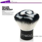 白黒おしゃれな回旋柄のメイクブラシ、歌舞伎ブラシ、チークブラシ、フェイスブラシ Z-256
