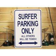 アメリカン雑貨 看板 プラスチックサインボード Surfer Parking  CA-33