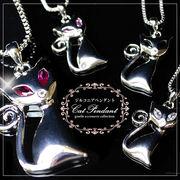[全4カラー] ジュエリーの仕上がり!CZダイヤモンドスマートキャット♪人気のベネチアチェーンペンダント