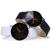 煌めくカットガラスとストーンが高級感を感じさせる 大人な女性のクォーツ レディース腕時計 SPST002
