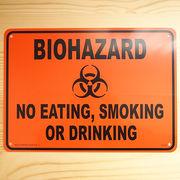 アメリカン雑貨 看板 プラスチックサインボード バイオハザード Biohazard(オレンジ) CA-42