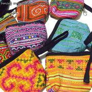 カラフルなモン族の刺繍が施されたコインパース♪モン族フック付きコインパース