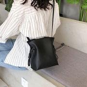 人気沸騰 バッグ シンプル  レザー調巾着バッグ  鞄  韓国ファッション アート 新品 潮