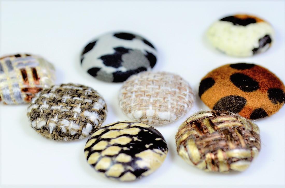 【秋冬アクセサリー】ボタンパーツ ボタンデコパーツ くるみボタン ヒョウ柄デコパーツ